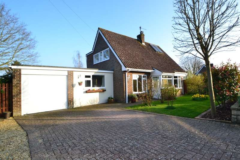 3 Bedrooms Detached House for sale in Winterbourne Gunner