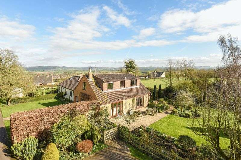 4 Bedrooms Detached House for sale in Churchend Lane, Wotton-Under-Edge