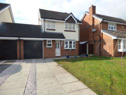 3 Bedrooms House for sale in Lincoln Close, Woolston, Warrington, Cheshire