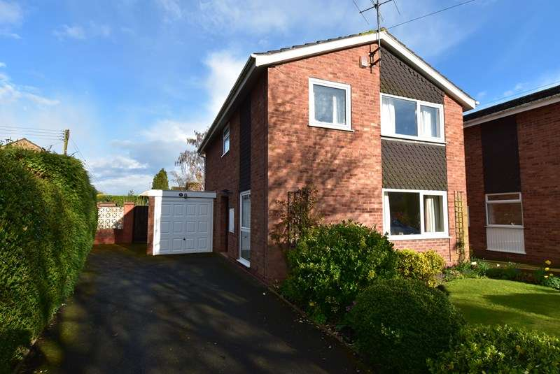 4 Bedrooms Link Detached House for sale in Newland Road, Droitwich