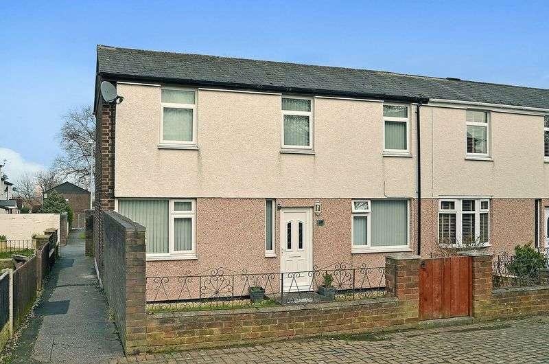 3 Bedrooms Terraced House for sale in Penfolds, Halton Brook