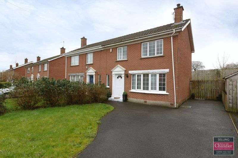 3 Bedrooms Semi Detached House for sale in 25 Muskett Court, Carryduff, BT8 8QJ