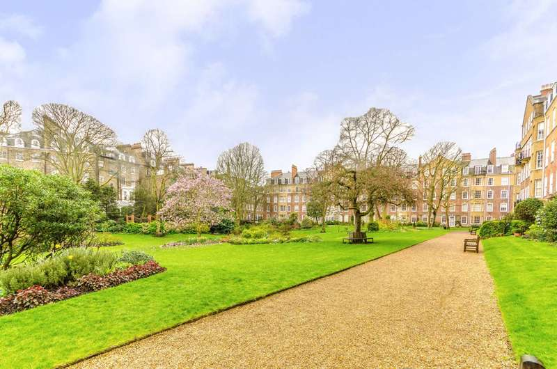 3 Bedrooms Flat for sale in Coleherne Court, Old Brompton Road, South Kensington, SW5
