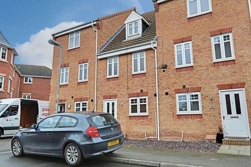 3 Bedrooms Terraced House for sale in Linn Park, Kingswood