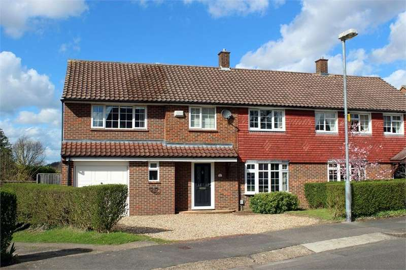 4 Bedrooms Semi Detached House for sale in Makepiece Road, Bracknell, Berkshire