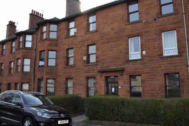 3 Bedrooms Flat for sale in 63 Barlogan Avenue, Craigton, G52