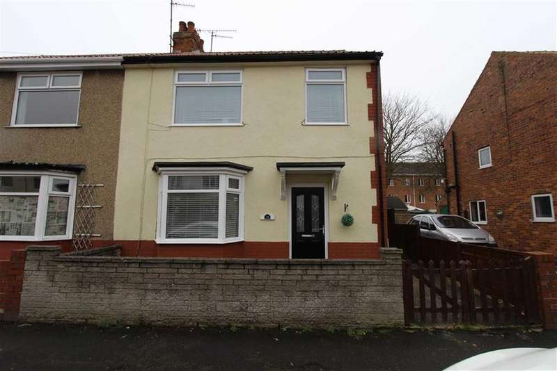 3 Bedrooms Semi Detached House for sale in Hermitage Road, Bridlington, East Yorkshire, YO16