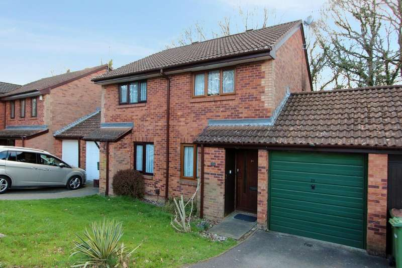 2 Bedrooms Semi Detached House for sale in Monnow Gardens, West End SO18