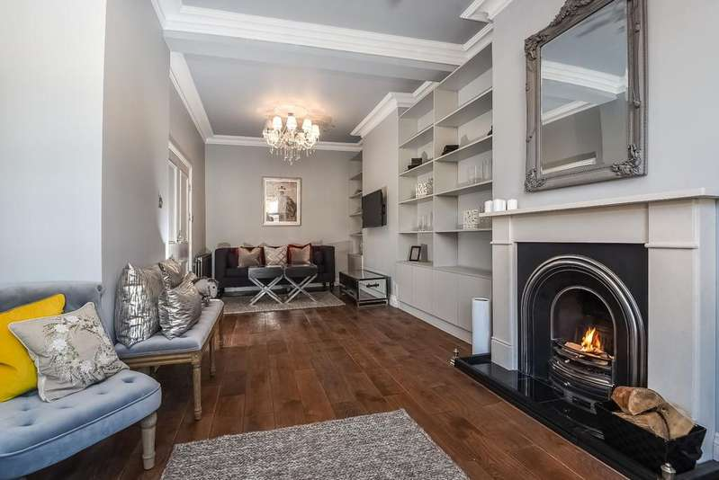 5 Bedrooms Terraced House for sale in Tuam Road London SE18