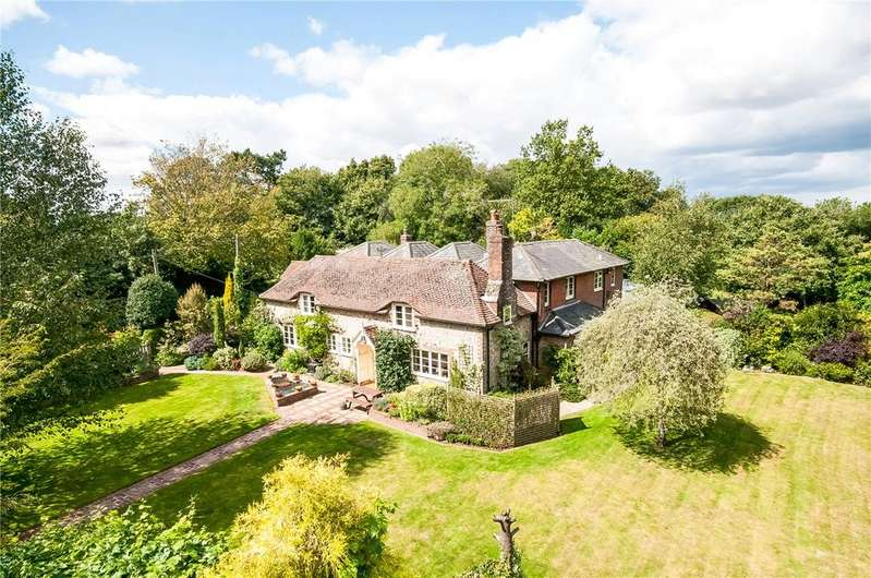 6 Bedrooms Detached House for sale in Froxfield, Petersfield, Hampshire, GU32