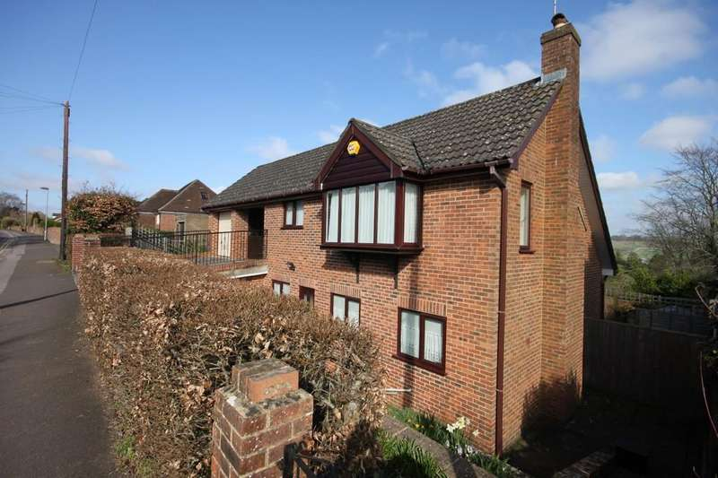 4 Bedrooms Detached House for sale in ST MARK'S AVENUE, SALISBURY, WILTSHIRE