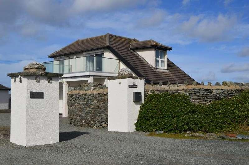 3 Bedrooms Detached House for sale in Lon Penrhyn Garw, Trearddur Bay, North Wales