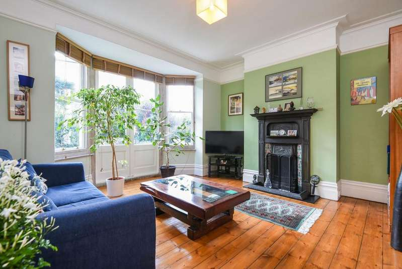 4 Bedrooms Semi Detached House for sale in Mycenae Road, Blackheath, SE3