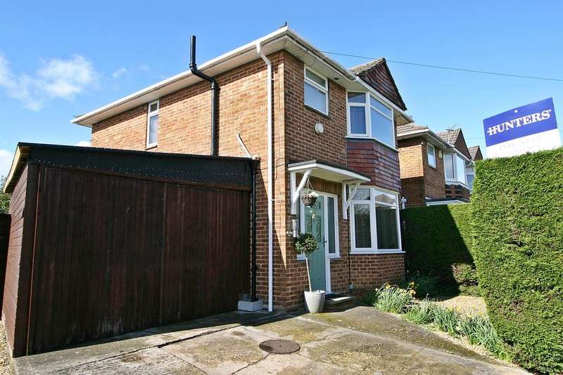 3 Bedrooms Detached House for sale in Knighton Road, Southampton, SO19 2FP