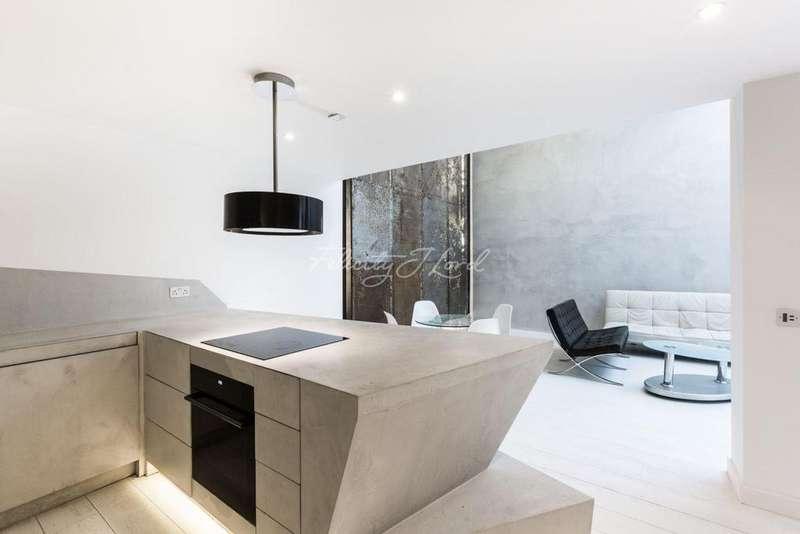 2 Bedrooms Flat for sale in Warple Mews, W3