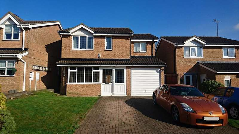 4 Bedrooms Detached House for sale in Lathbury Road, Brackley
