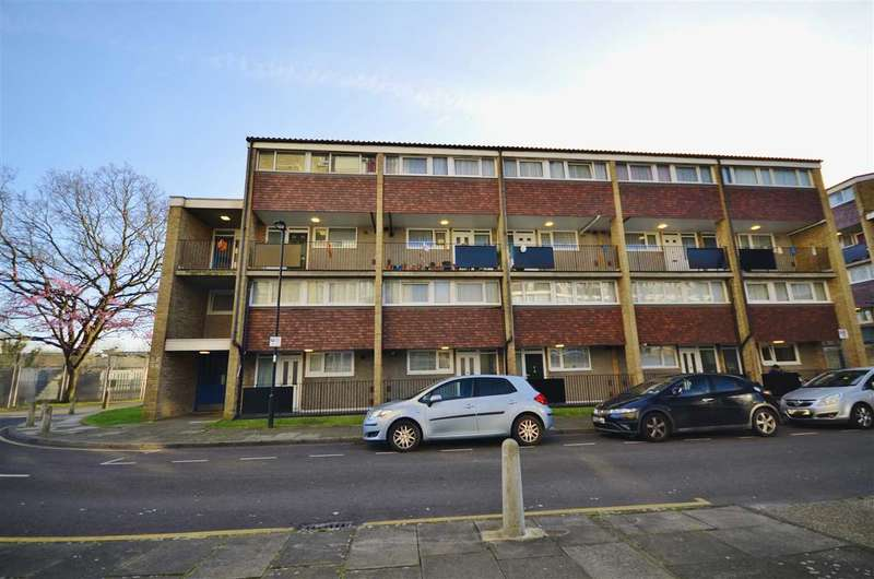 3 Bedrooms Apartment Flat for sale in Highview Gardens, London