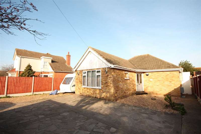 2 Bedrooms Bungalow for sale in Cottage Grove, Clacton-On-Sea