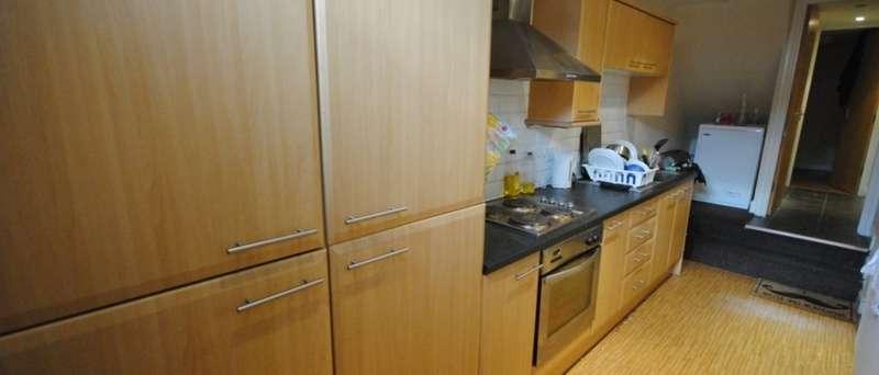9 Bedrooms Terraced House for rent in Manor Terrace, Leeds, LS6