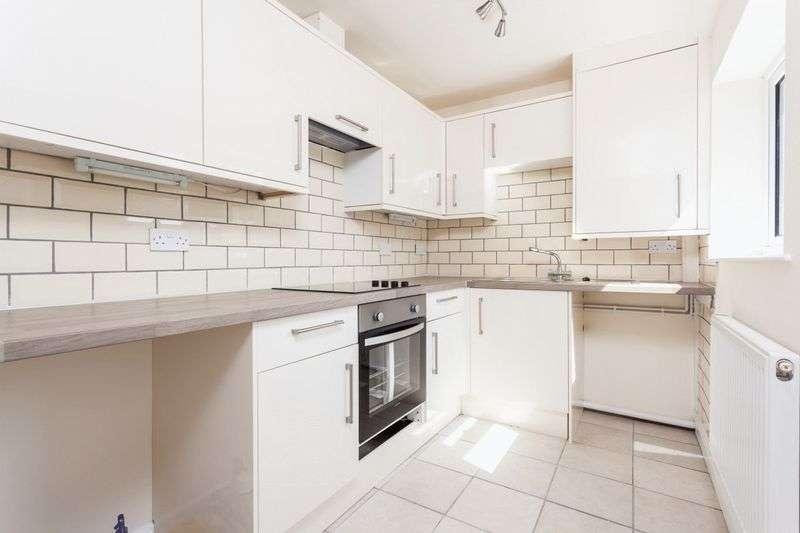 3 Bedrooms Terraced House for sale in St Marys Road, Nantwich