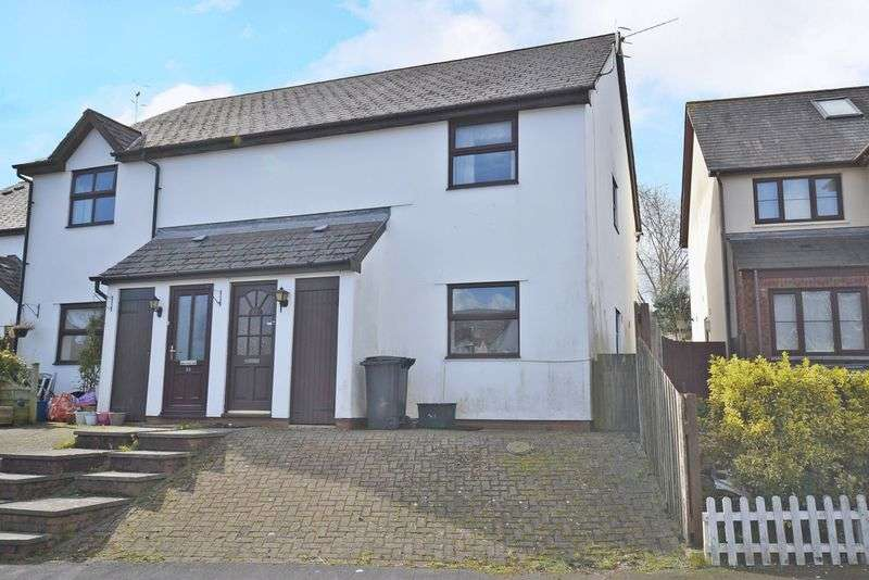 1 Bedroom Flat for sale in Modern Apartment, Cambria Close, Caerleon Village