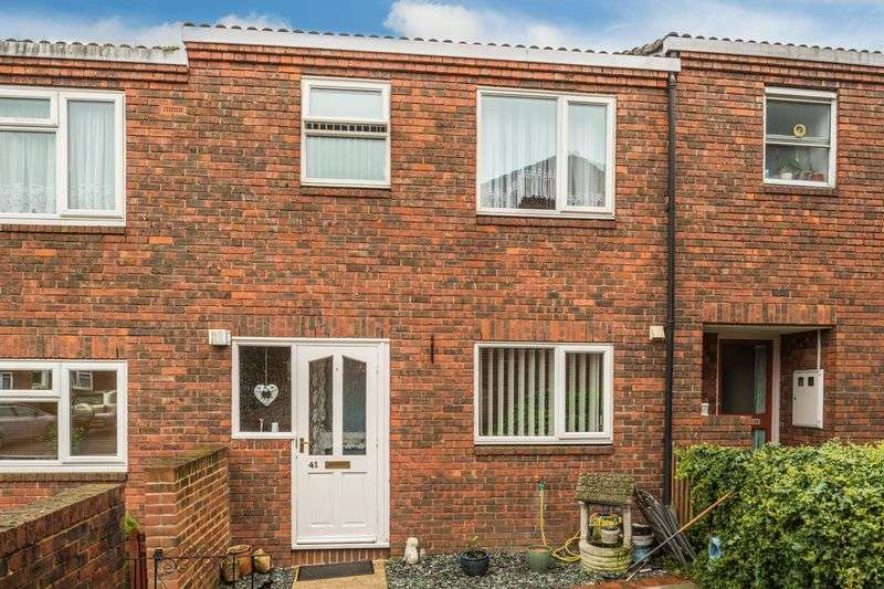 2 Bedrooms Terraced House for sale in Kidd Place, Charlton