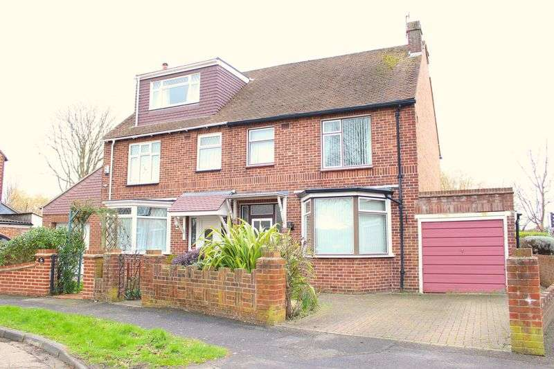 3 Bedrooms Semi Detached House for sale in Lealand Road, Portsmouth