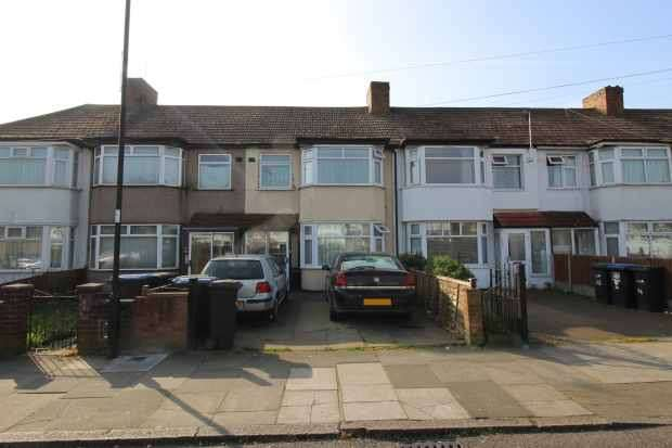 3 Bedrooms Terraced House for sale in Upton Road, London, Greater London, N18 2JU