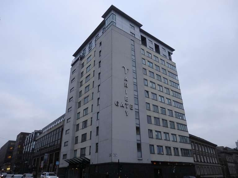 2 Bedrooms Flat for rent in Bath Street, Charing Cross, Glasgow