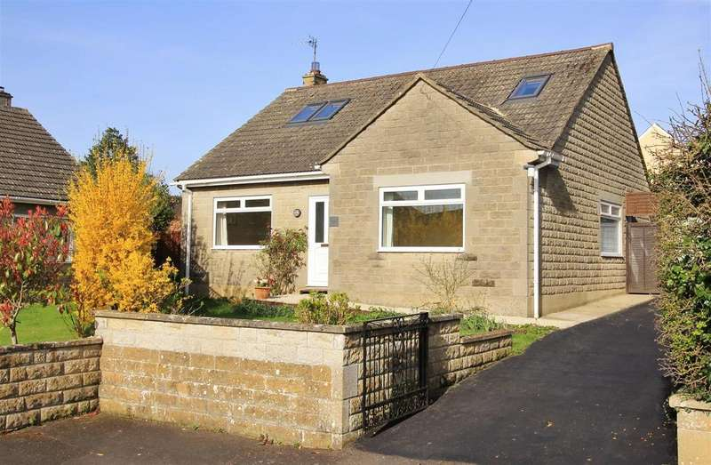 4 Bedrooms Detached House for sale in Great Parks, Holt