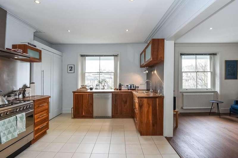 3 Bedrooms Flat for sale in Highbury New Park, Highbury, N5