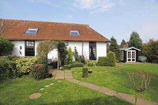 2 Bedrooms Cottage House for sale in The Old Sussex Stud, Cowfold Road, West Grinstead, Horsham