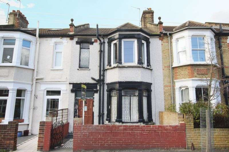3 Bedrooms Terraced House for sale in Eversley Road, Charlton