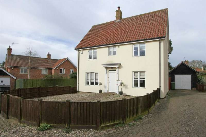 3 Bedrooms Detached House for sale in Crown Close, Dickleburgh, Diss, Norfolk