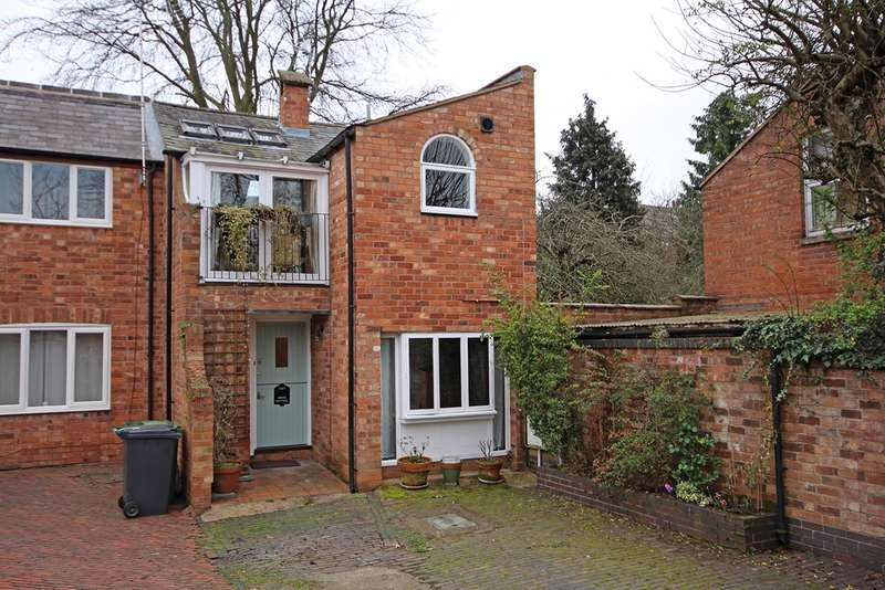 3 Bedrooms Semi Detached House for sale in Arlington Mews, Leamington Spa
