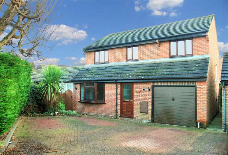 4 Bedrooms Detached House for sale in Ploughmans Headland, Stanway, Colchester
