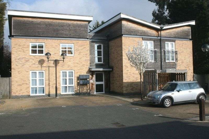 1 Bedroom Flat for sale in 37 Lornes Close, Southend-On-Sea