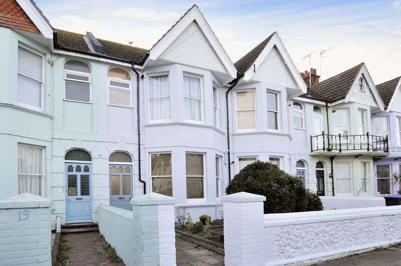 Flat for sale in Alexandra Road, Worthing