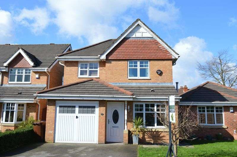 4 Bedrooms Detached House for sale in Gleneagles Close, Lowton, WA3 2DN