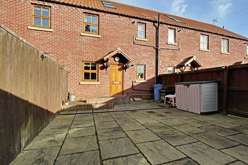 2 Bedrooms Flat for sale in Cotta Court Apartment, Finkle Street, Cottingham