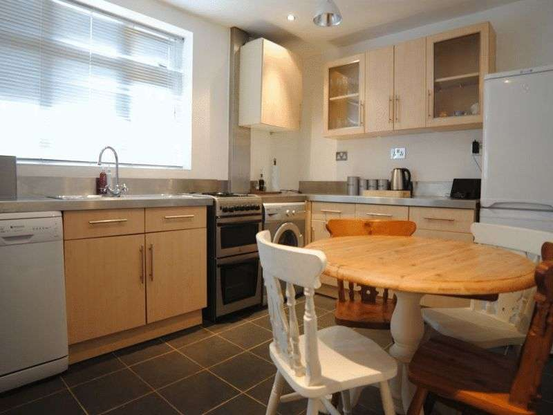2 Bedrooms House for sale in Hamilton Road, Normacot, Stoke-On-Trent, ST3 4RR