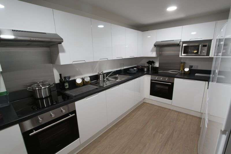 6 Bedrooms Flat for rent in Student apartment to rent City Centre