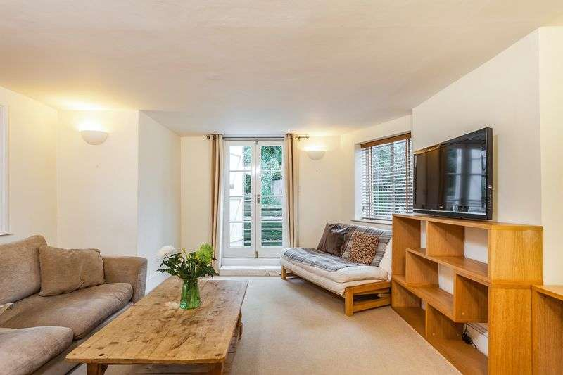 2 Bedrooms Flat for sale in Heathville Road, N19