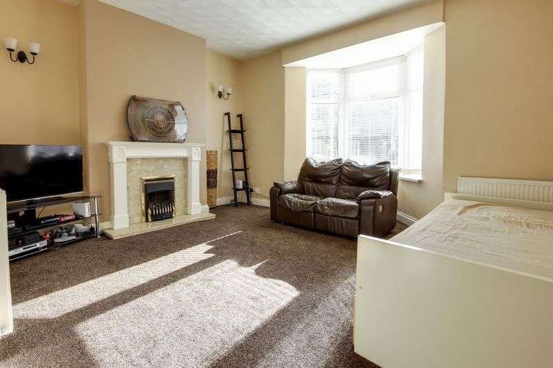 3 Bedrooms Semi Detached House for sale in Fairoak Avenue, Newport
