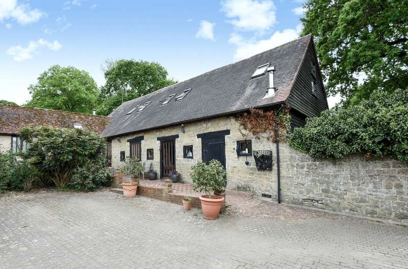 4 Bedrooms House for sale in Gay Street Lane, Pulborough