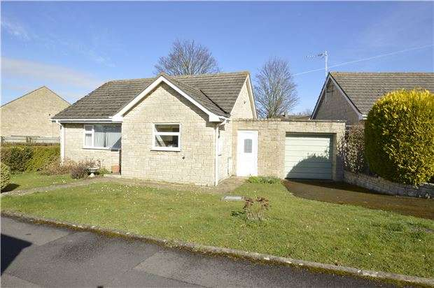2 Bedrooms Detached Bungalow for sale in Gable Point, Woodmancote, GL52 9TS