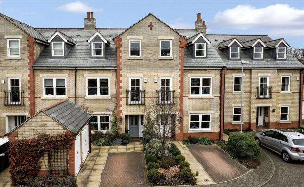3 Bedrooms Town House for sale in St. Barnabas Court, St. Barnabas Road, Cambridge