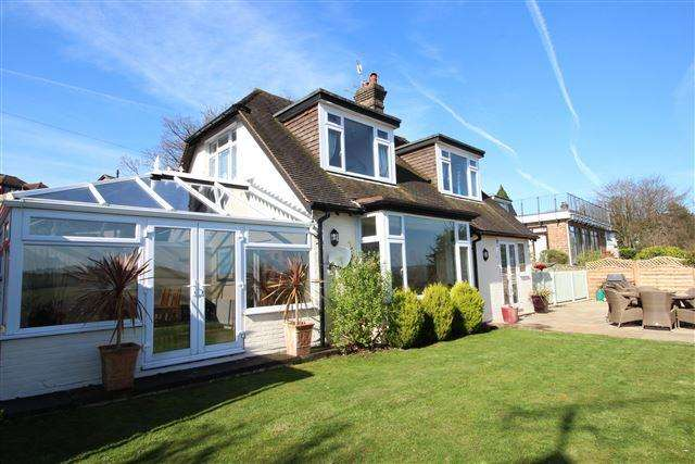 3 Bedrooms Cottage House for sale in Mill Lane, High Salvington, Worthing, West Sussex, BN13 3DE