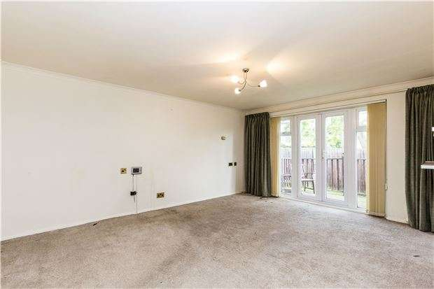 1 Bedroom Flat for sale in Freeman Road, MORDEN, Surrey, SM4 6AR