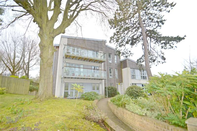 1 Bedroom Apartment Flat for sale in Clevecross Court, 14 Selborne Road, Croydon